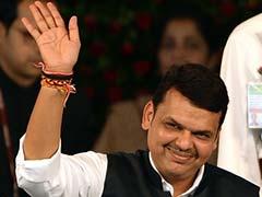 कांग्रेस के निशाने पर अब महाराष्ट्र के मुख्यमंत्री, पंकजा मुंडे के ख़िलाफ़ आरोपों का नया दौर
