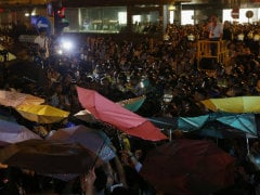 Hong Kong Occupy Protest Leaders Turn Themselves in to Police