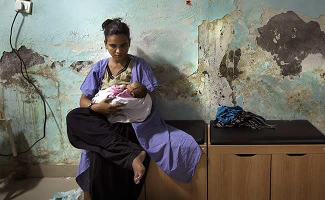'Superbugs' Kill India's Babies and Pose an Overseas Threat