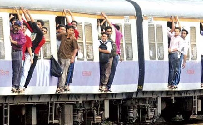 Mumbai: Suburban Trains Travel Thrice the Earth's Circumference Daily!