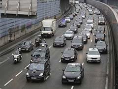 Anti-Uber Taxi Strike Causes Minimal Disruption in Paris