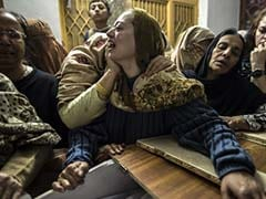 Pakistan Begins 3-Day Mourning, Mass Funerals For Its Children