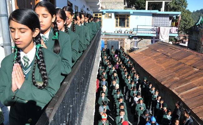 PM Narendra Modi Calls Nawaz Sharif, 2-Minute Silence in Indian Schools