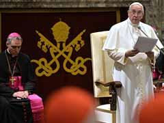 Pope Francis Levels Blistering Critique at Vatican Bureaucrats