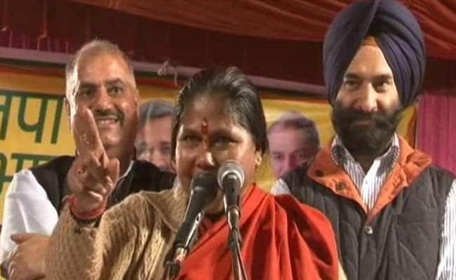 Minister Sadhvi Niranjan Jyoti Must be Fired for Hate Speech, Says Opposition: 10 Developments