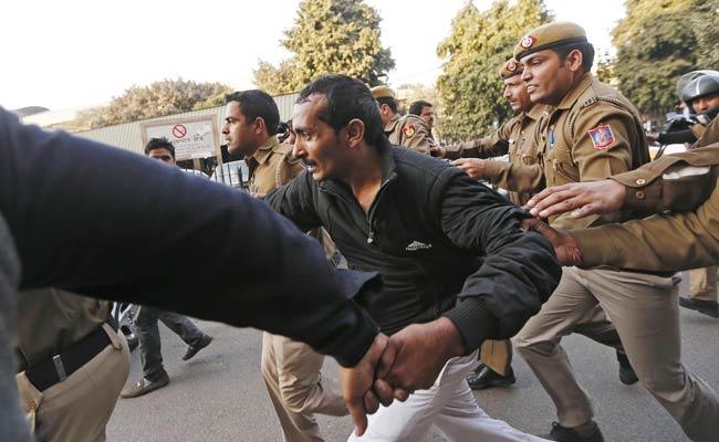 Delhi Region Bans Uber After Driver Is Accused of Rape