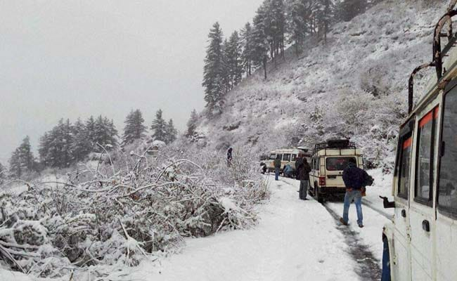 Delhi Tourists, Stuck In Uttarakhand For Over A Week Due To Snow, Rescued