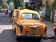 Taxi Strike, Stranded Commuters in Kolkata