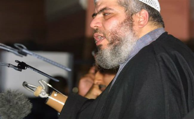 US Seeks Life in Prison for London Imam Convicted on Terror Charges