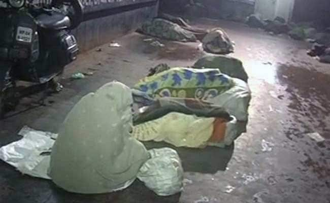 A New Year With No Home and Hope For Them in Bhopal