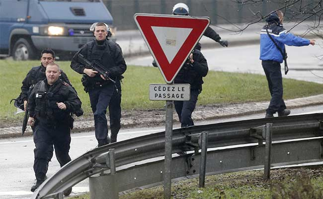 Charlie Hebdo Attack: Suspects Holding At Least One Hostage