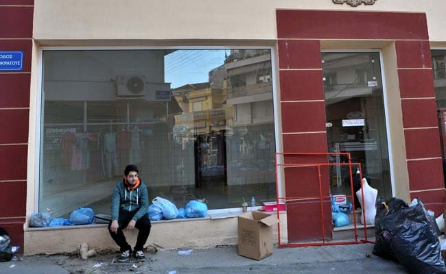 In Greece's 'City of Despair' the Young Vote With Their Feet