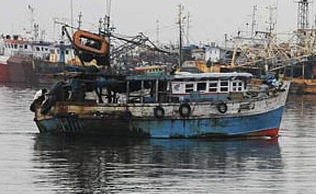 Pakistan Captures 2 Boats with 12 Indian Fishermen off Gujarat Coast: Report