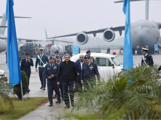 Defence Minister Manohar Parrikar Visits Hindon Air Base