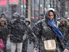 Powerful Blizzard Hammers US Northeast, Snarling Travel
