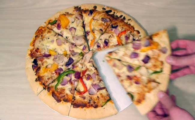 The Yummiest Perfect Crime Involves a Pizza, a Knife and Some Common Sense