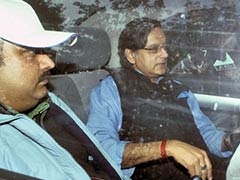 Shashi Tharoor at Jaipur LitFest Days After Being Questioned on Wife Sunanda's Death