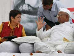 Anna Hazare Hurt, Refuses to Take Calls From Kiran Bedi: Sources