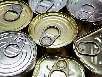 Let Students Hurl Canned Food at Intruders: Principal