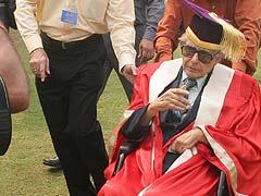 जाने-माने कार्टूनिस्ट आरके लक्ष्मण का 94 वर्ष की उम्र में निधन