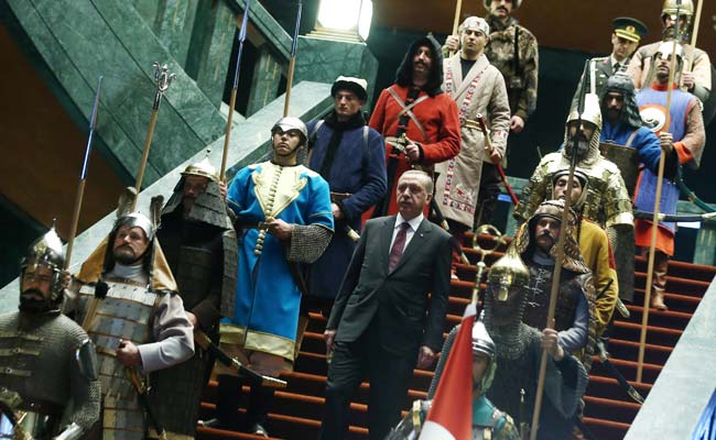 Spear-Carriers and Chainmail Warriors: Erdogan's New Palace Welcome
