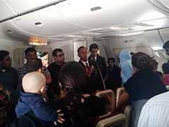 Etihad Passengers Complain of 12-Hour Wait on Tarmac With No Food