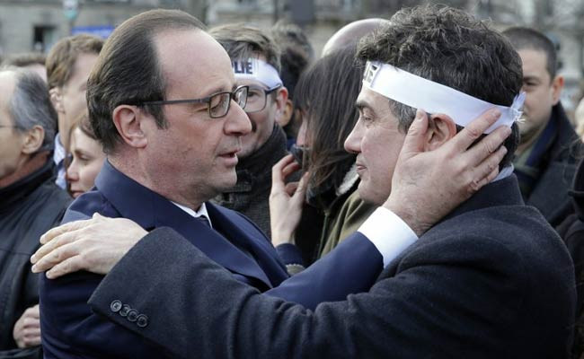 French Muslims Have Both Rights, Responsibilities: Francois Hollande