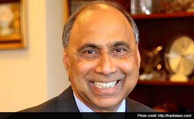 Indian-American Frank Islam Receives Martin Luther Award