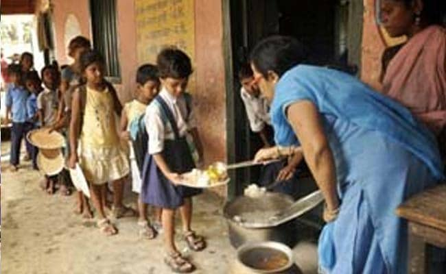 60 Children Fall Ill After Mid-Day Meal in Maharashtra