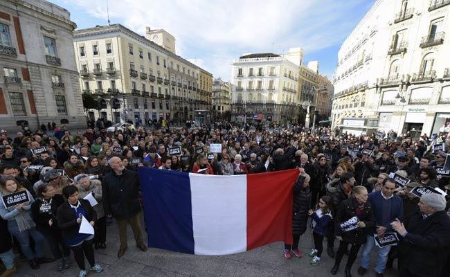 Paris Attacks: Spain Wants to Change Schengen Rules to Thwart Islamist Returnees