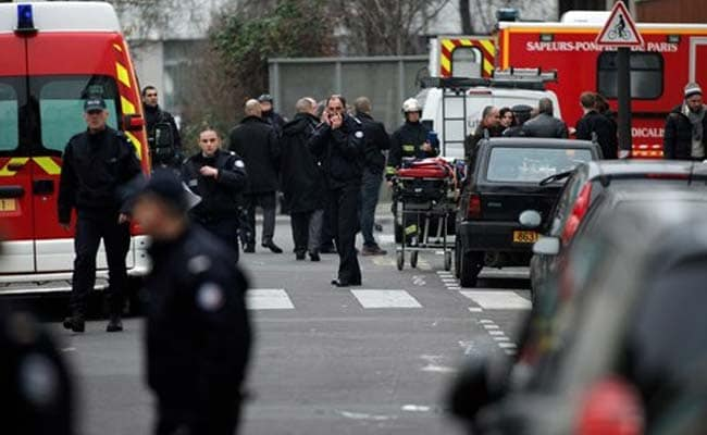 Defiant Charlie Hebdo Puts Prophet Mohammed on First Cover Since Attack