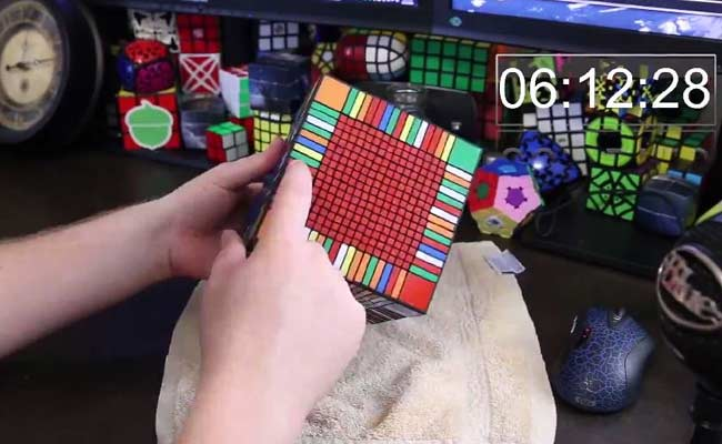 Trending: This Man Solves the World's Largest Rubik's Cube in Only 7.5 Hours