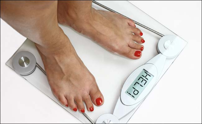 Weight-Loss Resolutions Go for a Toss After New Year Begins