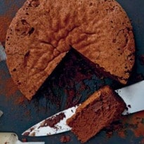 Easy Weekend Recipe: Chocolate and Cognac Cake