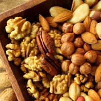 Nuts Reduce Death Risk, Says Study