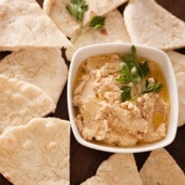 4 reasons why you should eat more hummus