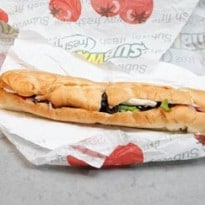 Subway to remove the controversial 'yoga mat chemical' ingredient from bread