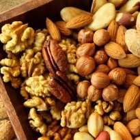 Eat Nuts to Control Blood Sugar & Fat