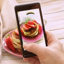 5 Tips for Taking Stunning Food Pictures With Your Phone