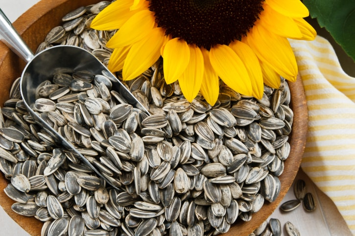 Sunflower Seeds: 6 Reasons How These Seeds May Help Boost Your Health