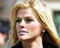 Anna Nicole Smith: Doctor felt Smith used drugs for emotional pain