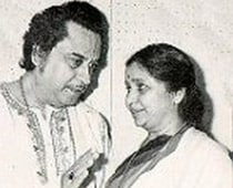 Nobody is privileged to replace Kishore da: Asha Bhosle