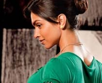 Deepika Padukone gets proposed in Delhi