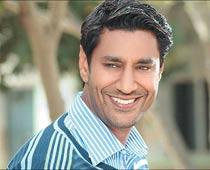 Bollywood has hijacked Punjabi pop: Harbhajan Mann