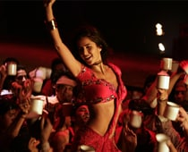 Katrina turns Pakeezah in Tees Maar Khan