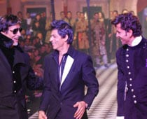 Big, Hrithik, SRK jig on the ramp