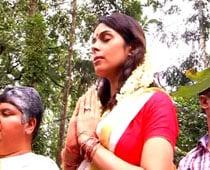 In Kerala garb, Mallika seeks a snake's good fortune