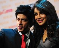 Bollywood fans descend on Berlin for Shah Rukh, Priyanka shoot