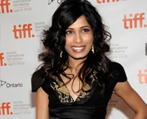 Freida Pinto proud to break Hollywood stereotypes