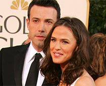Affleck frets over Garner's gift every new year